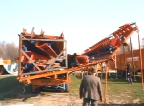 De hydraulische circus tent van Toni Boltini